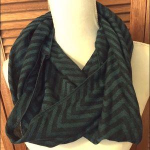 Black&Green Stripe Infinity Scarf